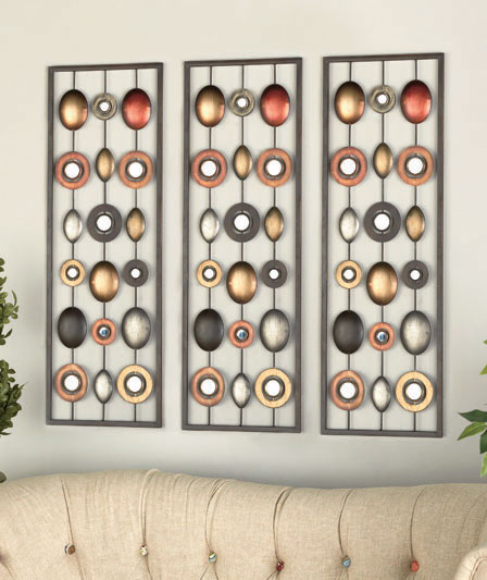 metal-wall-decor-with-mirrors