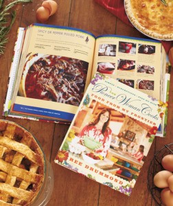 Accidental country girl and cooking star Ree Drummond is back with her latest mouth-watering collection, The Pioneer Woman Cooks: Food From My Frontier.
