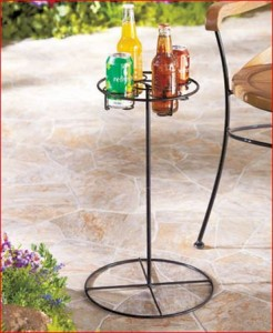 outdoor-beverage-table