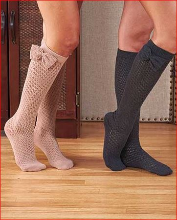 crochet-knee-high-socks