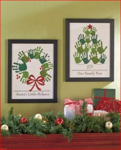 holiday-handprint-wall-art