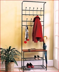 Entryway-bench-with-rack