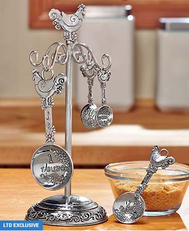embossed-measuring-spoons-with-stand