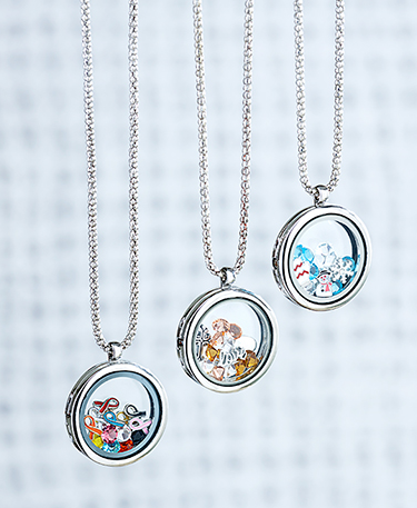 floating-charm-locket-necklaces-2