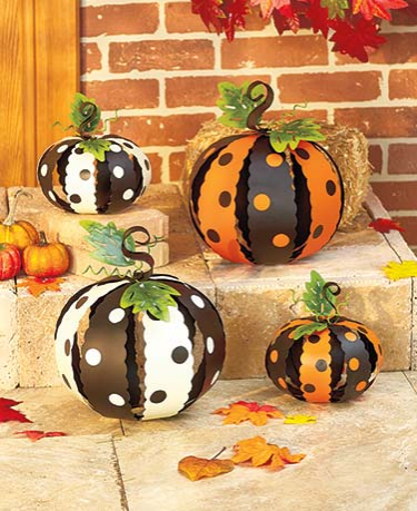 metal-polka-dot-pumpkins