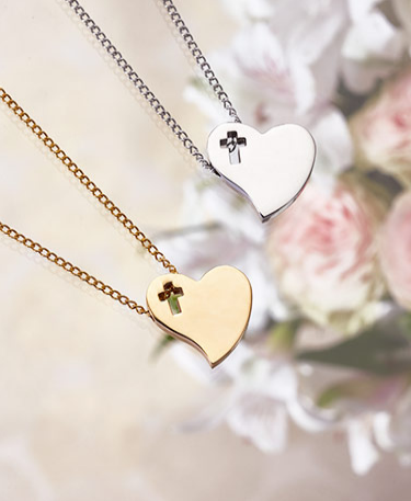 personalized-heart-pendants