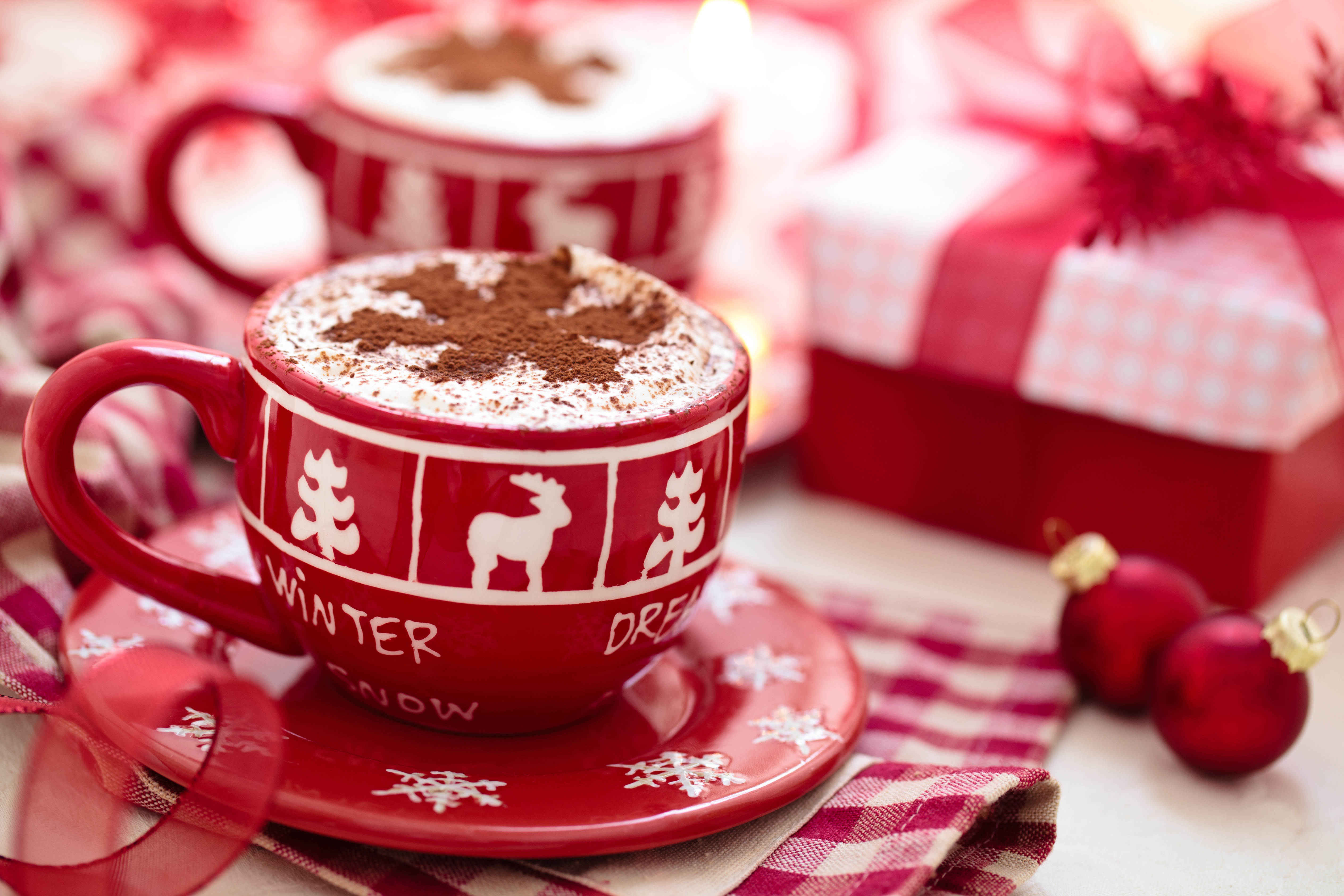 Cute Breakfast Ideas for Christmas Morning - Festive Coffe