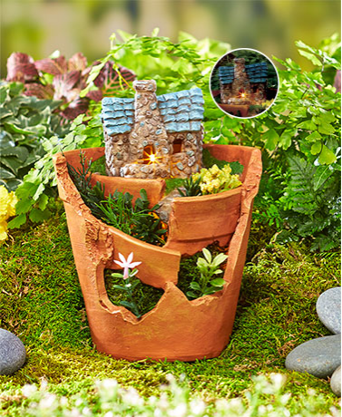 Garden Decorations - Solar Lit Village Planters