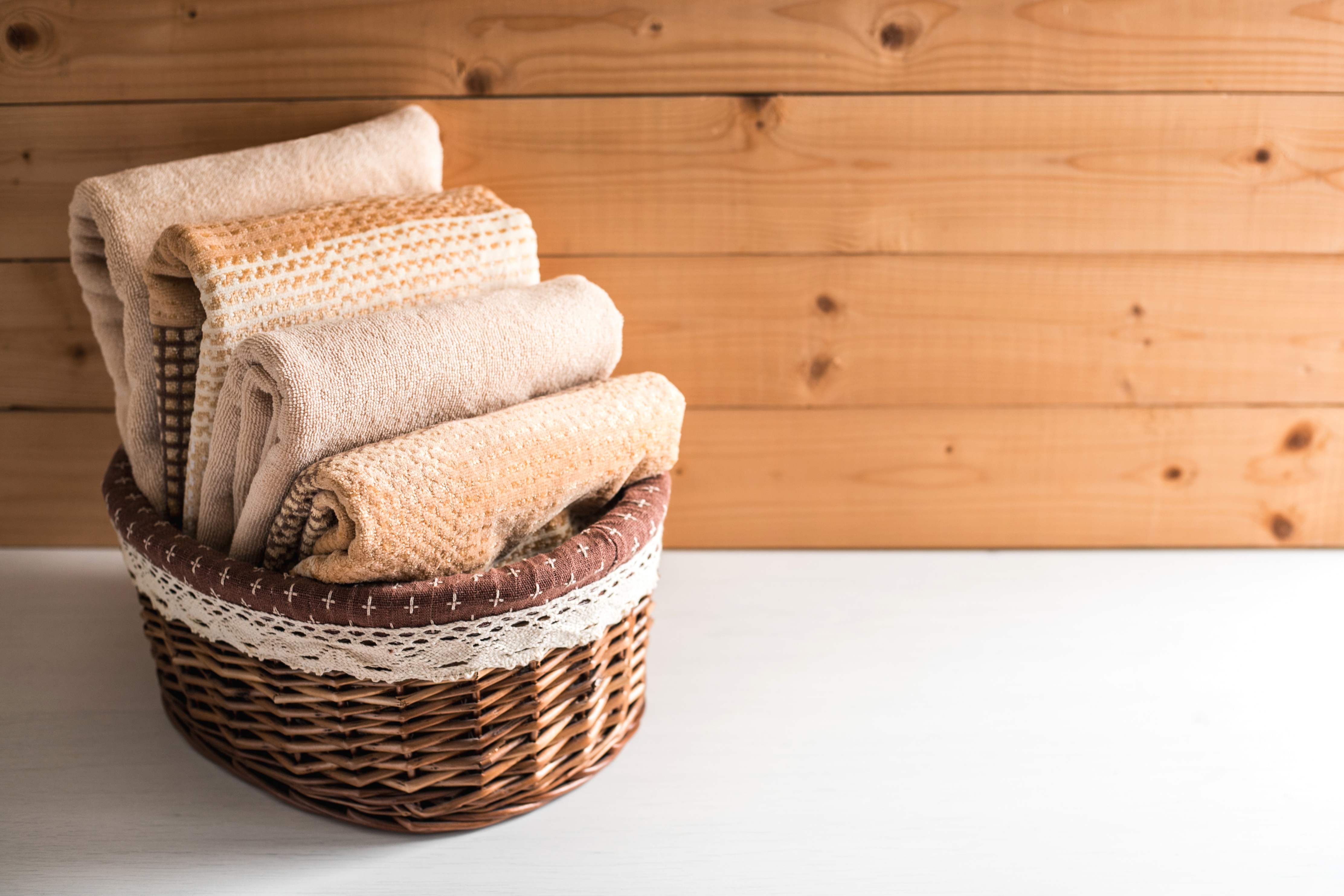 Small Bathroom Decorating Ideas - Basket of towels