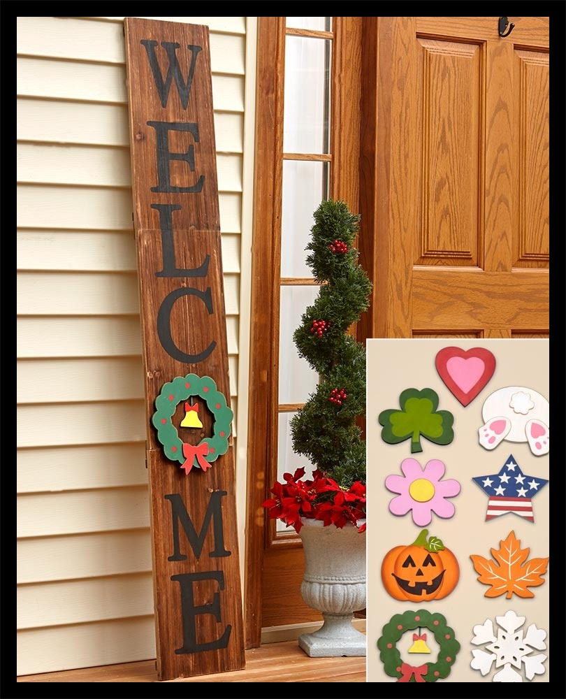Wooden Christmas Welcome Sign