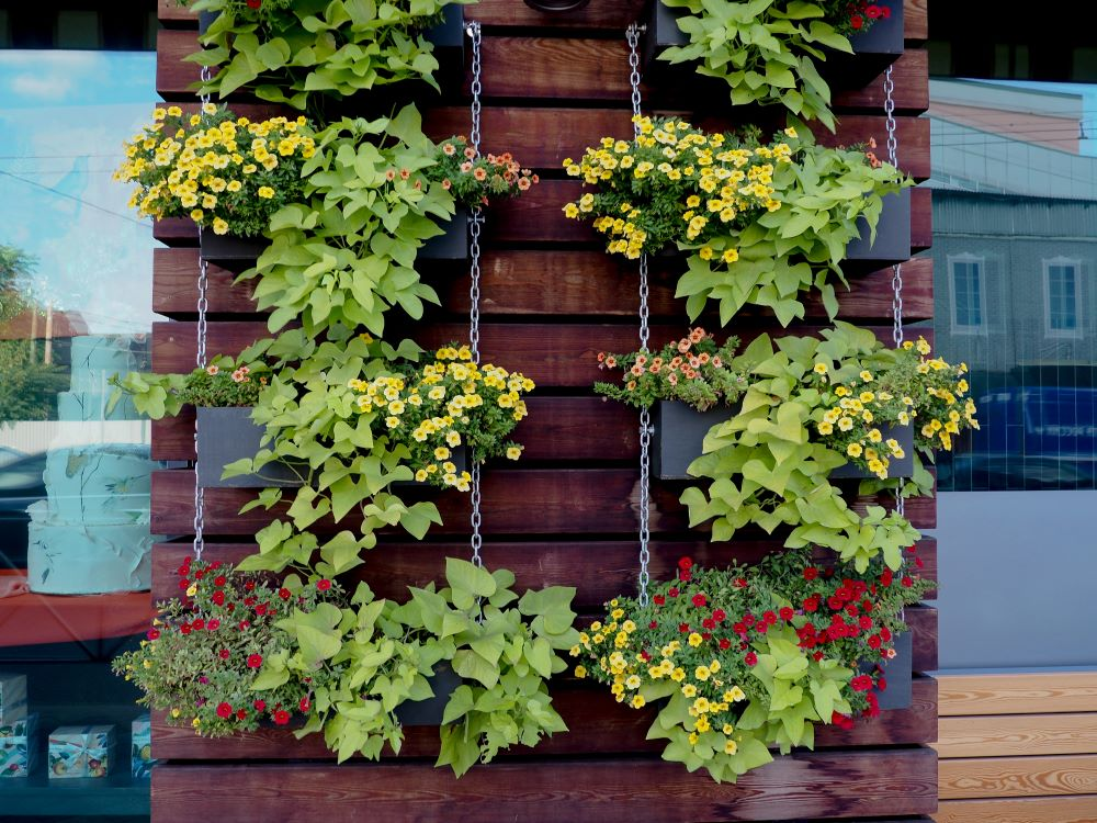 Small Patio Decorating Ideas - Vertical Planter
