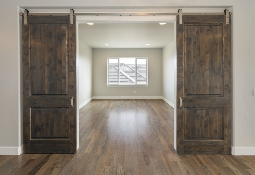 How To Decorate With Primitive Style - Repurpose Barn Doors