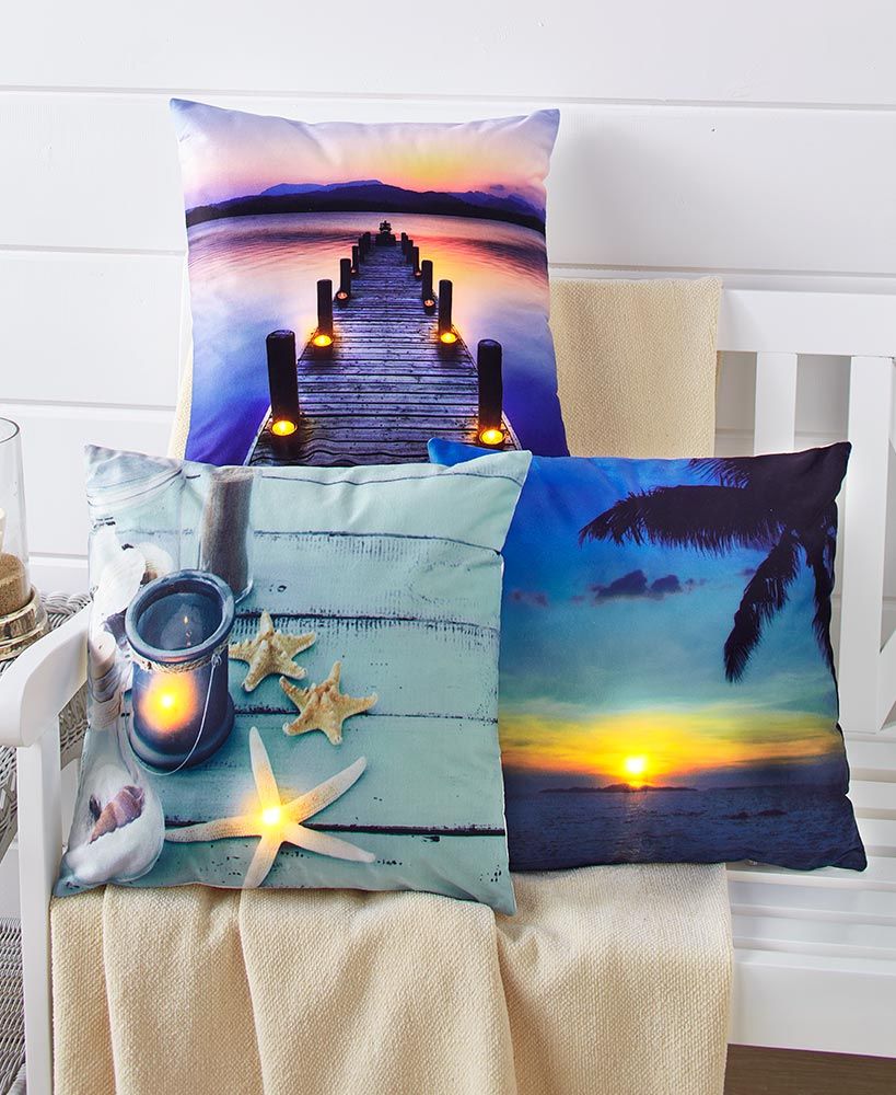 Summer Home Makeover - Light-Up Coastal Throw Pillows