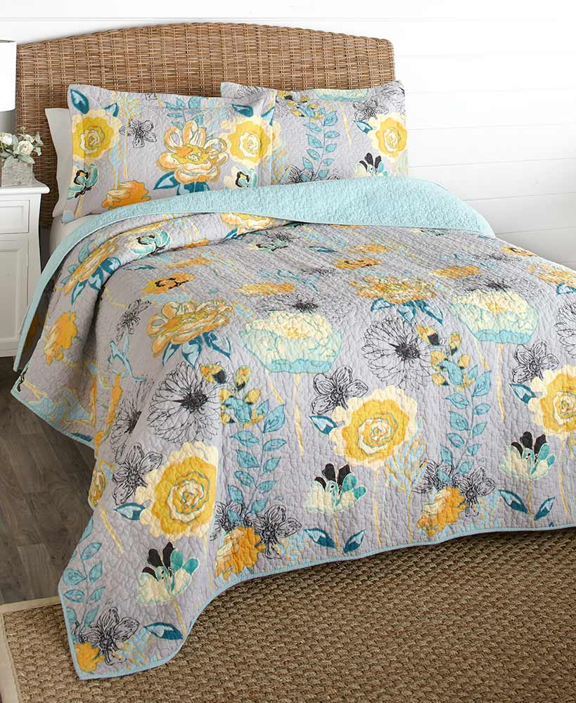 Floral Decorations - Floral Quilts or Sham