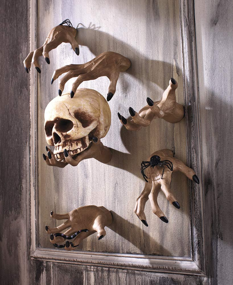 Scary Halloween Decorations - Creepy Hand Claws Wall Hangers