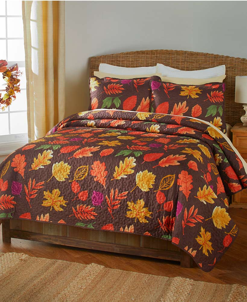 Fall Bed And Bath Decorations - 3-Pc. Country Leaves Quilt Sets