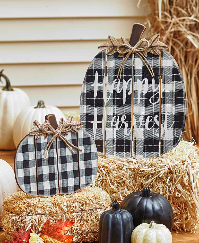 Set of 2 Wood Plaid Porch Pumpkins