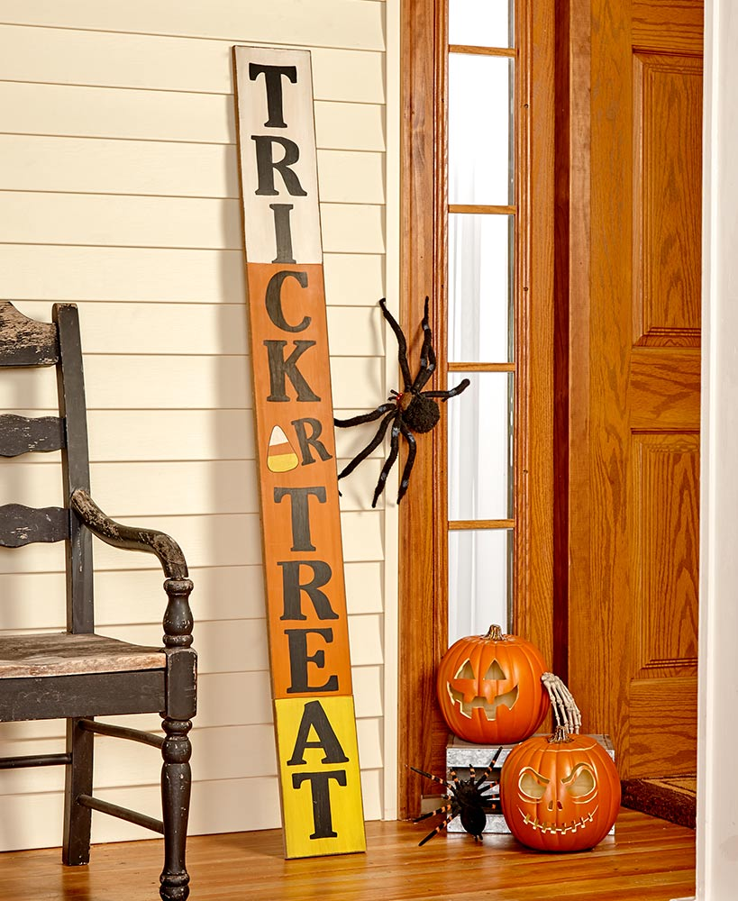 Outdoor Halloween Decorations - 5-Ft. Wooden Trick or Treat Sign