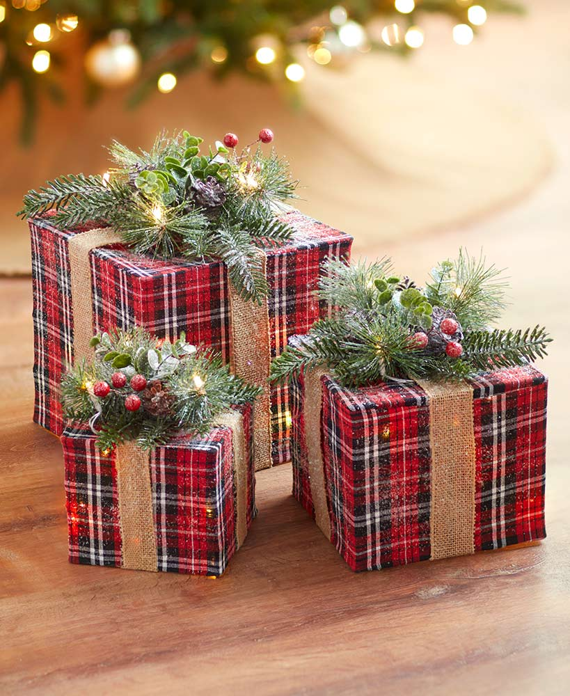 Sets of 3 Lighted Gift Box Decor