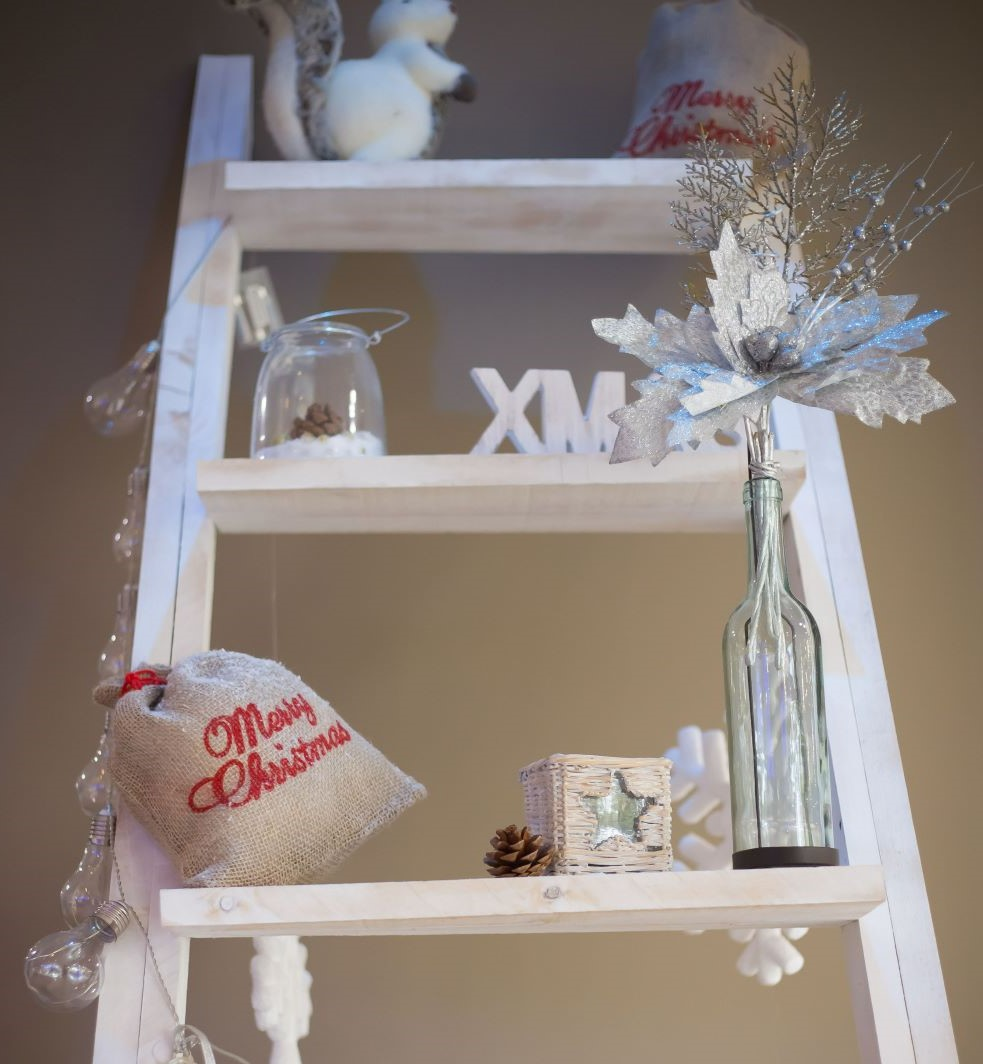 Decorative Ladder With Christmas Accents