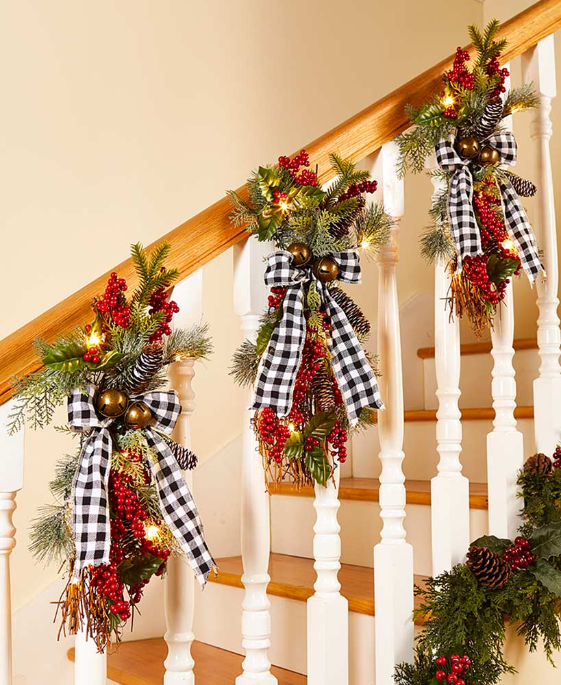 Buffalo Plaid Lighted Holiday Christmas Swags