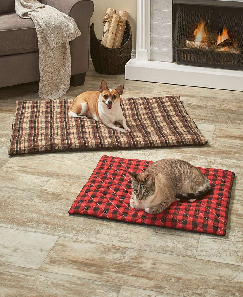 Quilted Plaid Thermal Pet Beds