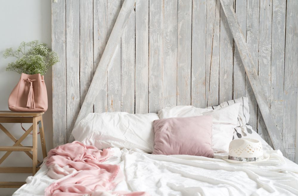 Farmhouse Style On A Budget - DIY Rustic Wood Headboard