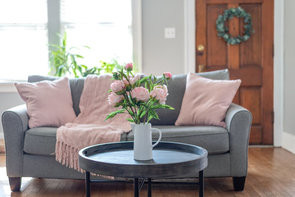 Spring Decor - Pastel Pillows & Spring Flowers