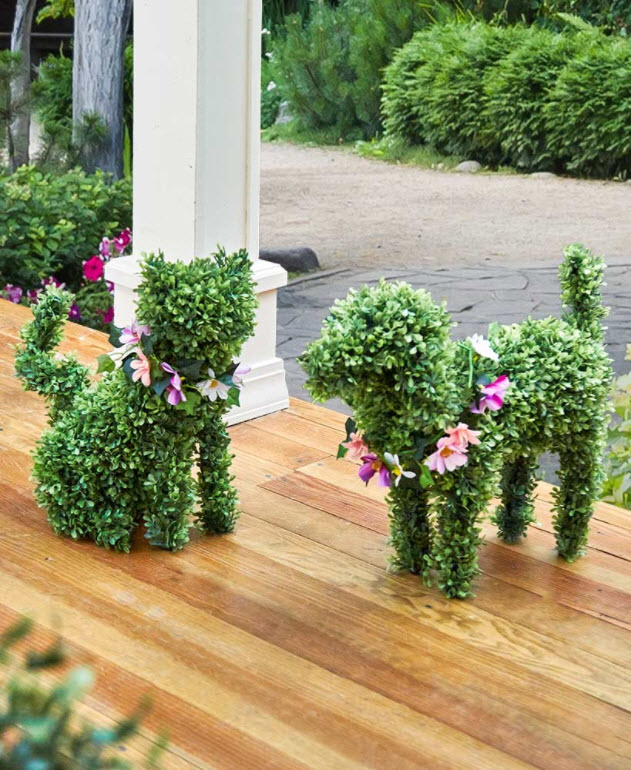 Spring Porch Decorating Ideas -Boxwood Dog or Cat with 4 Seasonal Collars