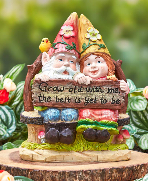 Gnome Couple on Bench