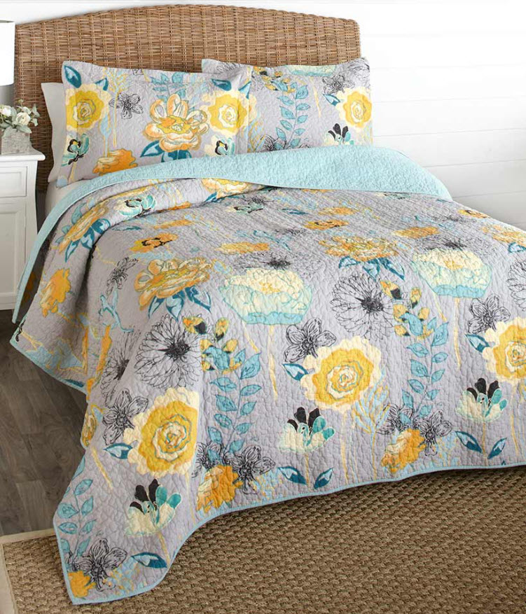 Floral Quilts or Pillow Shams