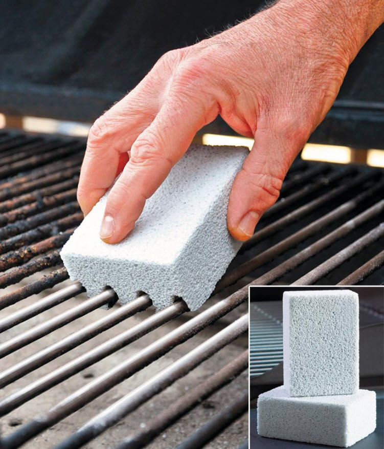 Set of 2 Magic-Stone Grill Cleaners