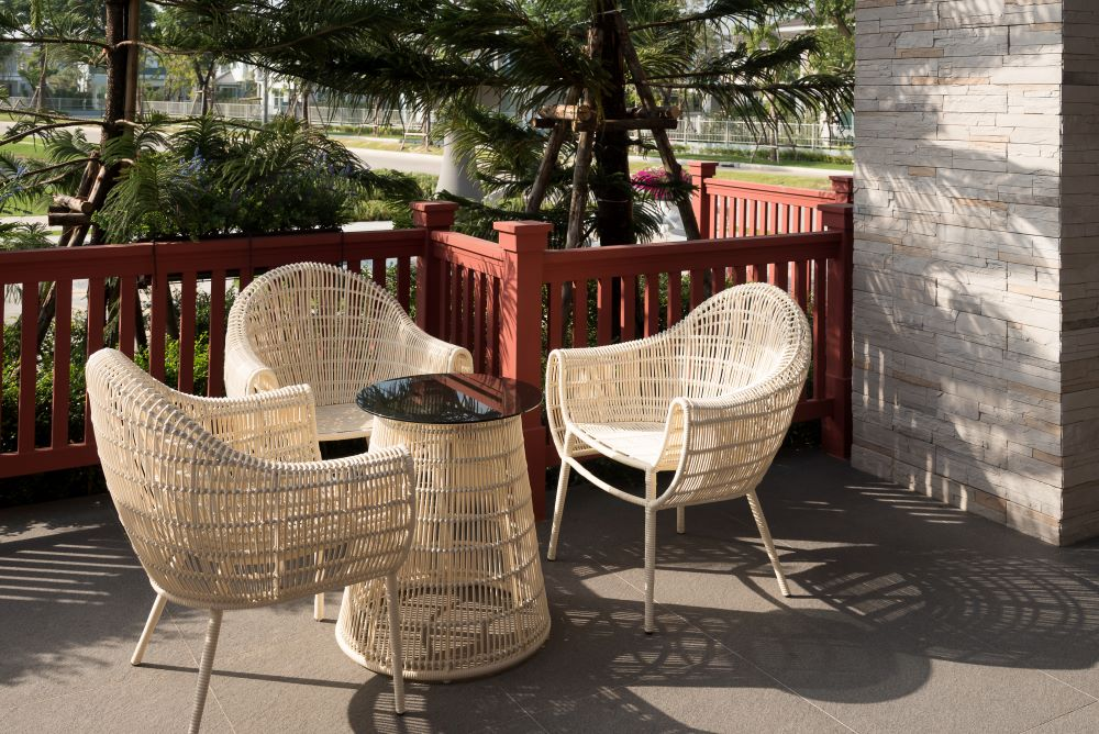 Decorate a Small Balcony - Outdoor Furniture