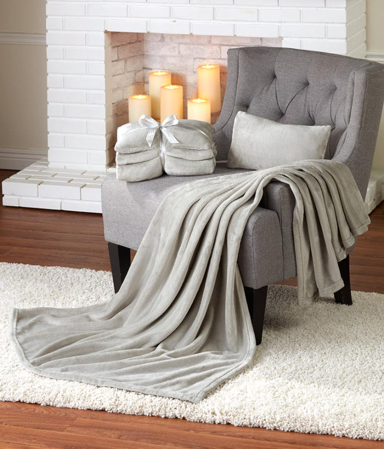 Father's Day Gift Guide - Plush Throw and Pillow Gift Sets