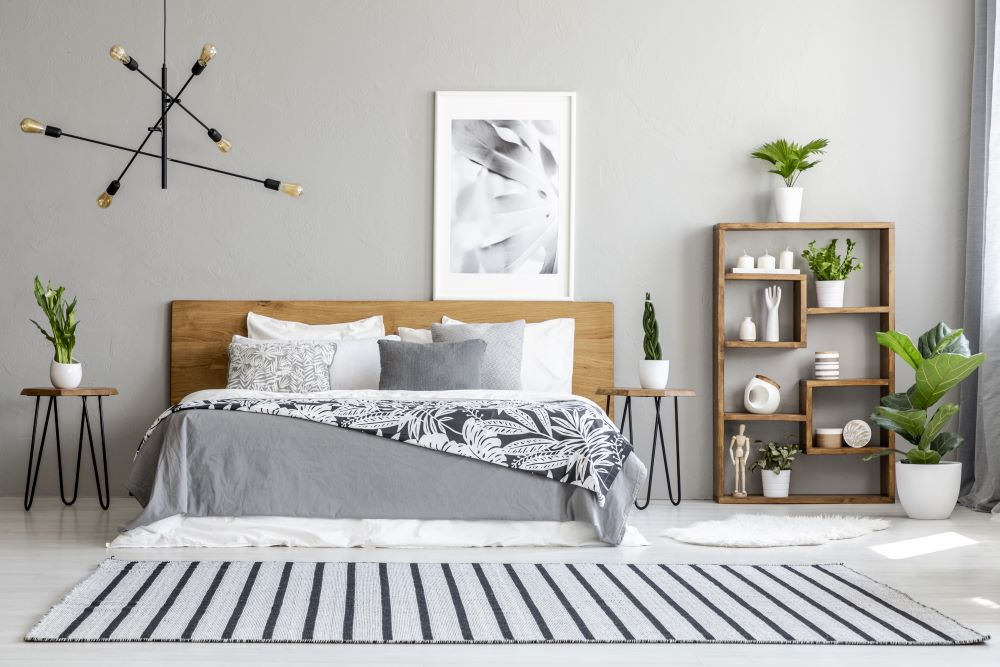 decorate with an odd number of patterns