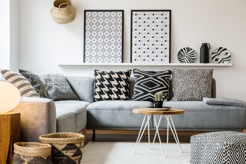 Balance out patterns with different scaled decorations
