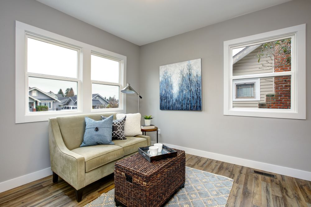 refresh your living room on a budget -paint the trim of your windows