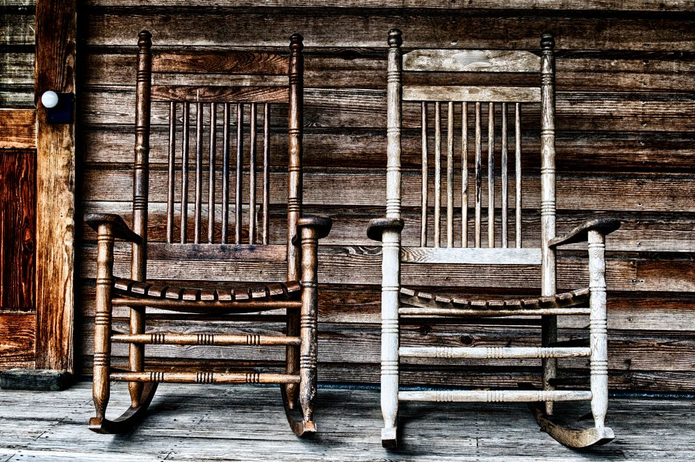How To Make Your Porch Cozy For Fall - rustic fall porch