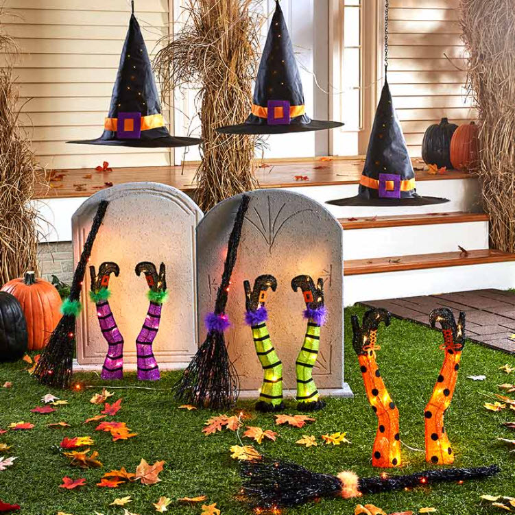 Sets of 3 Lighted Witches' Hats