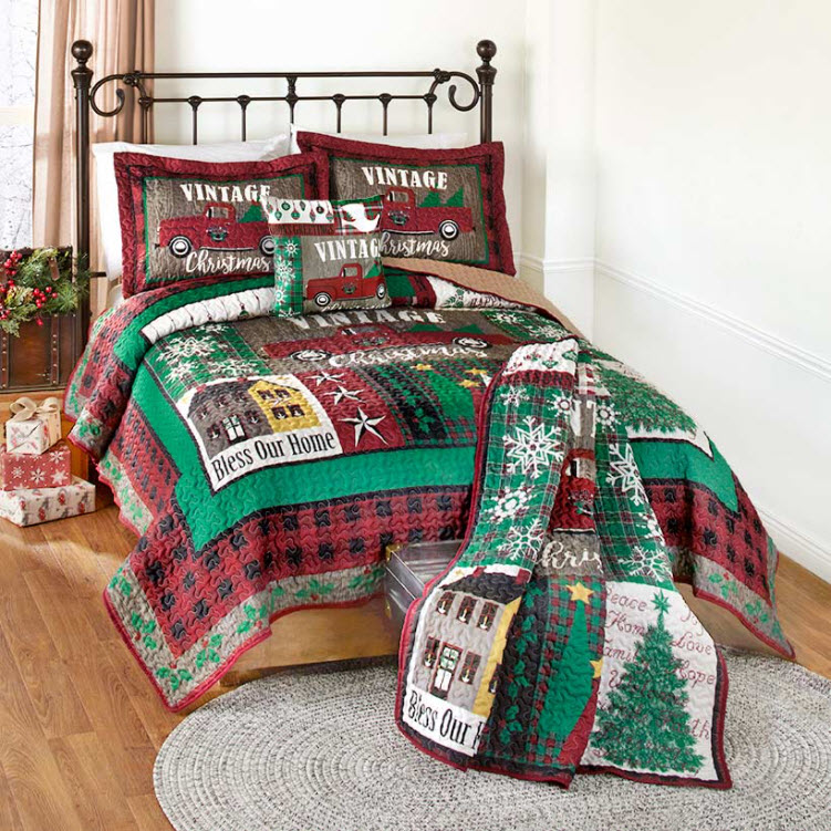 Vintage Christmas Quilted Bedroom Ensemble